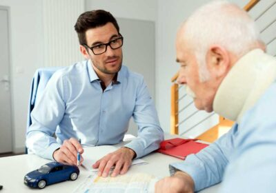 When Should I Work With a Personal Injury Lawyer